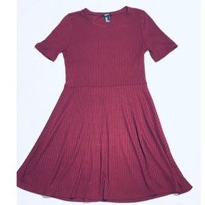 FOREVER 21 Mid-Flowi Burgundy Dress M👗